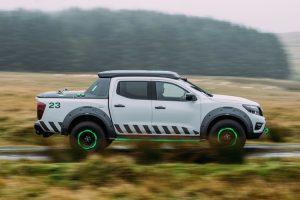 Nissan-Navara-EnGuard-Concept-in-motor-expo-2016