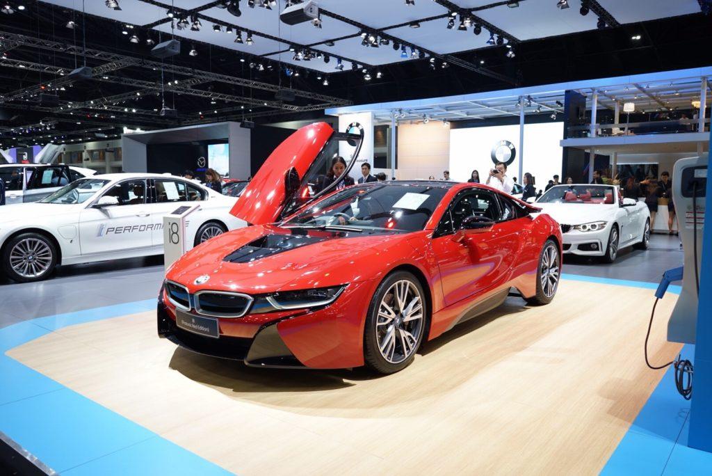 motor-expo-BMW-i8