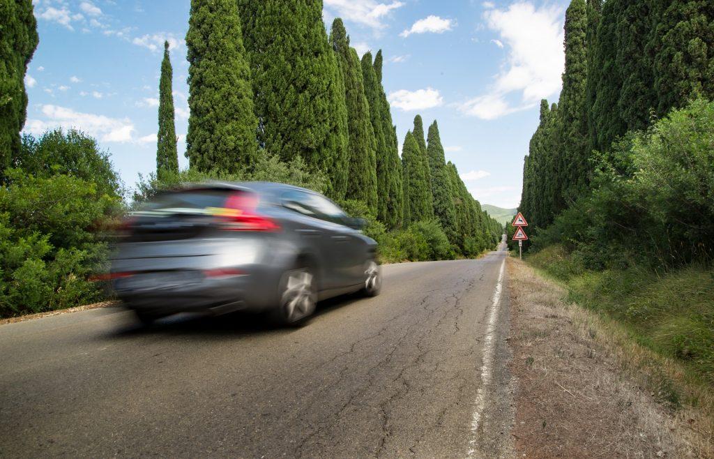 รถวิ่งกลางถนน-กล้องติดรถยนต์