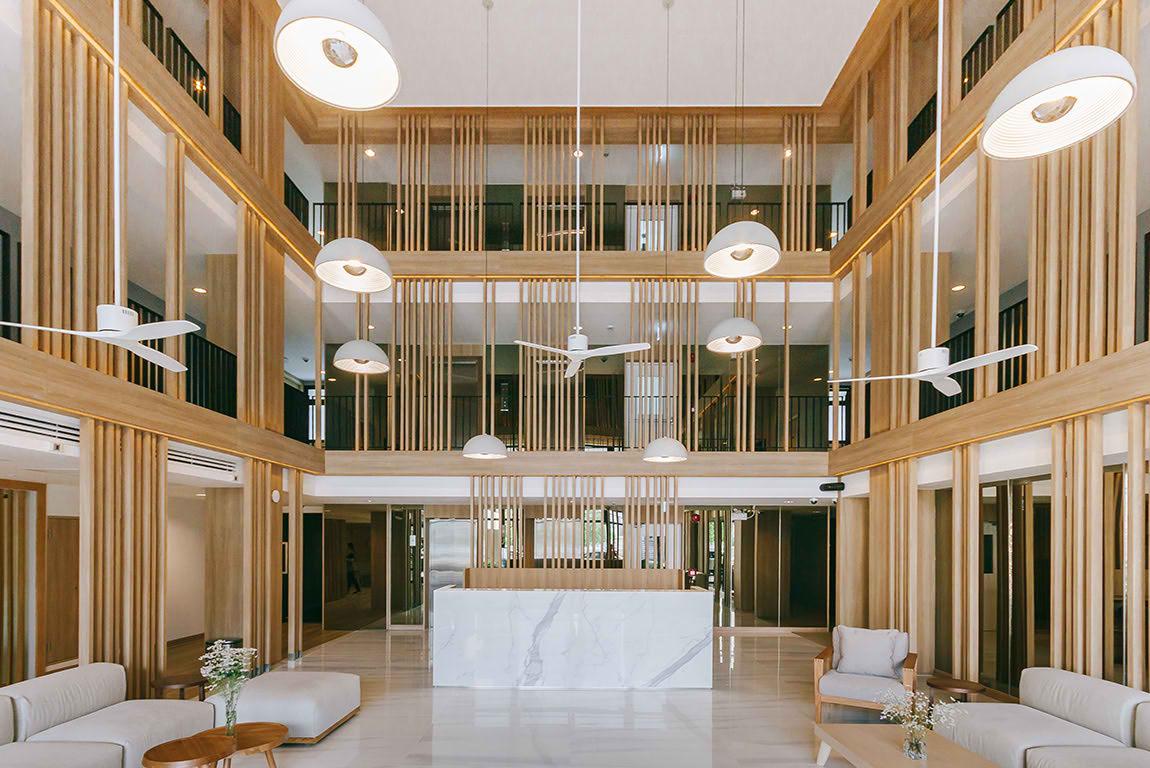 ขับรถเที่ยวกรุงเทพไปนอนพักที่ โรงแรม มี ศรีนครินทร์ (Mii Hotel Srinakarin)