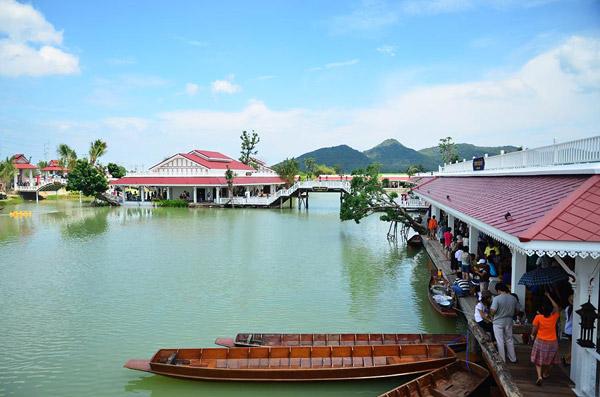 ตลาดน้ำหัวหินสามพันนาม-ขับรถเที่ยวตลาดน้ำ-เที่ยว