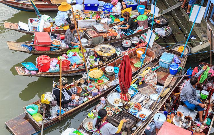 เที่ยวตลาดน้ำ-ขับรถเที่ยว-ตลาดน้ำอัมพวา